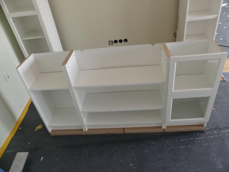 schritt 5 mittlere regalreihe k rzen und aufbauen the ikea billy project. Black Bedroom Furniture Sets. Home Design Ideas